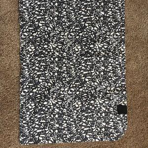 Lululemon Spin/Yoga Towel